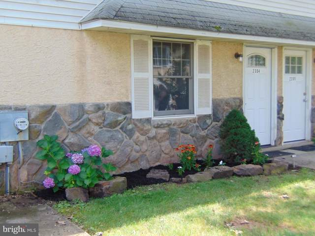 2304 Whitpain Hills, BLUE BELL, PA 19422 (#PAMC619030) :: Linda Dale Real Estate Experts