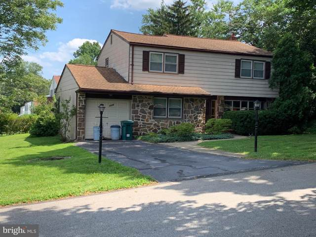 2225 Oakwyn Road, LAFAYETTE HILL, PA 19444 (#PAMC619108) :: Linda Dale Real Estate Experts