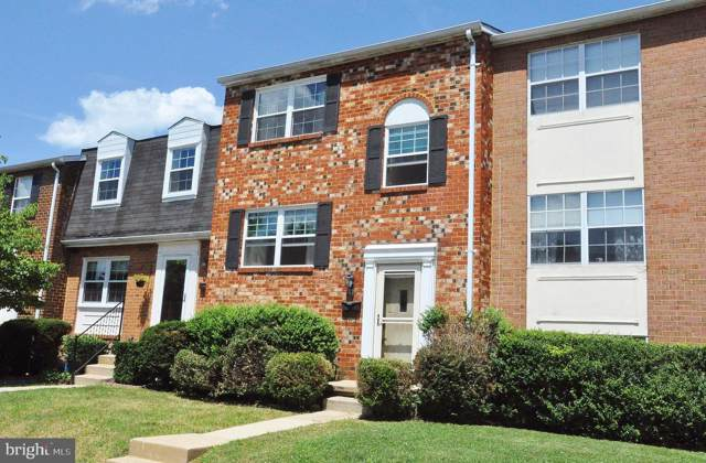 9 Warwick Mill Court, COCKEYSVILLE, MD 21030 (#MDBC466502) :: The Miller Team