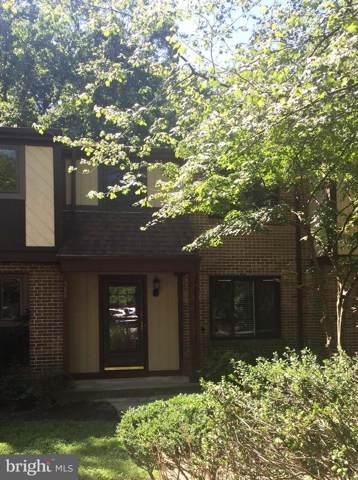5881 Jacksons Oak Court, BURKE, VA 22015 (#VAFX1079862) :: Homes to Heart Group