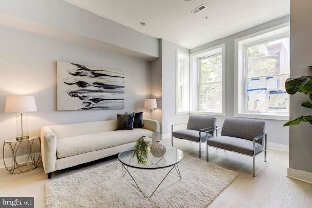 911 T Street NW #3, WASHINGTON, DC 20001 (#DCDC436528) :: Network Realty Group