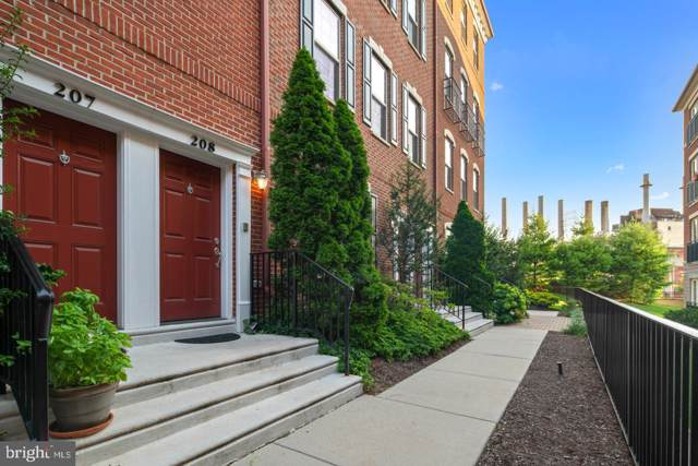 208 Commodore Court, PHILADELPHIA, PA 19146 (#PAPH820132) :: Colgan Real Estate