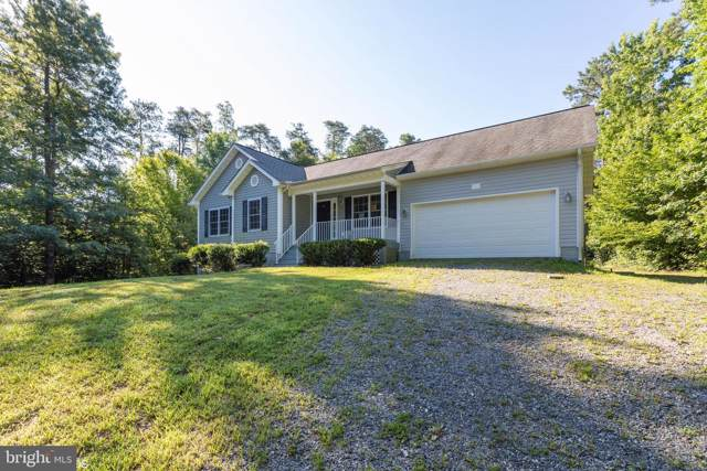 955 Swan Lane, RUTHER GLEN, VA 22546 (#VACV120688) :: Keller Williams Pat Hiban Real Estate Group