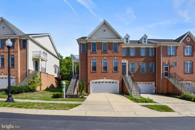 42910 Overly Square, CHANTILLY, VA 20152 (#VALO391538) :: The Greg Wells Team