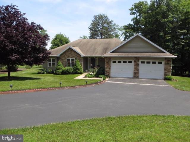 86 Atlatl Lane, HEDGESVILLE, WV 25427 (#WVBE170096) :: Keller Williams Pat Hiban Real Estate Group