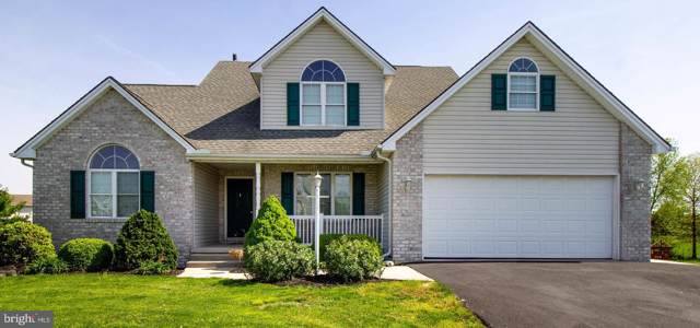 992 Cranberry Drive, CHAMBERSBURG, PA 17202 (#PAFL167498) :: The Heather Neidlinger Team With Berkshire Hathaway HomeServices Homesale Realty