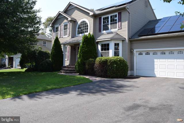 43 Foxchase Drive, BURLINGTON, NJ 08016 (#NJBL353584) :: Keller Williams Realty - Matt Fetick Team