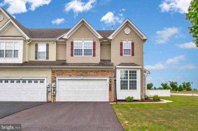 3838 Kings Lane, DOVER, PA 17315 (#PAYK122462) :: Liz Hamberger Real Estate Team of KW Keystone Realty