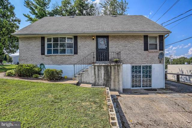 564 Walton Avenue, HUMMELSTOWN, PA 17036 (#PADA113270) :: The Heather Neidlinger Team With Berkshire Hathaway HomeServices Homesale Realty