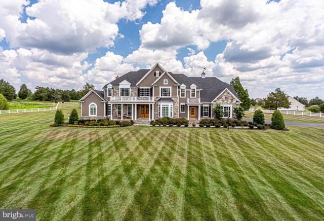 6824 Hood Lane, CENTREVILLE, VA 20120 (#VAFX1081760) :: Keller Williams Pat Hiban Real Estate Group