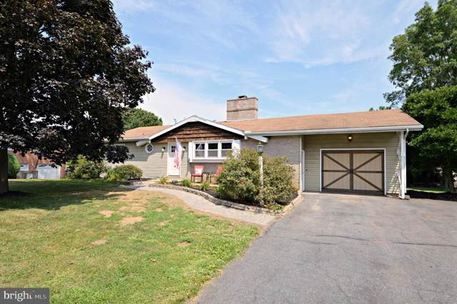 323 Edgemont Drive, WILLOW STREET, PA 17584 (#PALA137782) :: The Joy Daniels Real Estate Group