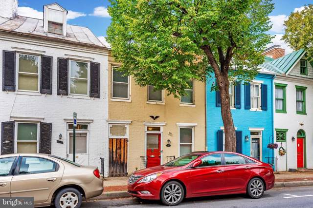 335 S Market Street, FREDERICK, MD 21701 (#MDFR251392) :: Jim Bass Group of Real Estate Teams, LLC