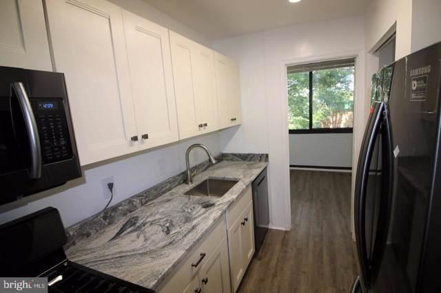509 N Armistead Street #303, ALEXANDRIA, VA 22312 (#VAAX238640) :: Eng Garcia Grant & Co.