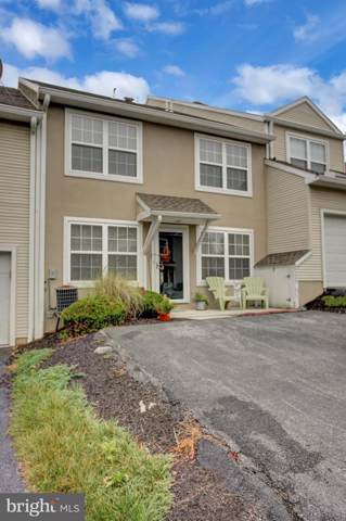 82 Courtyard Drive, CARLISLE, PA 17013 (#PACB116426) :: The Joy Daniels Real Estate Group