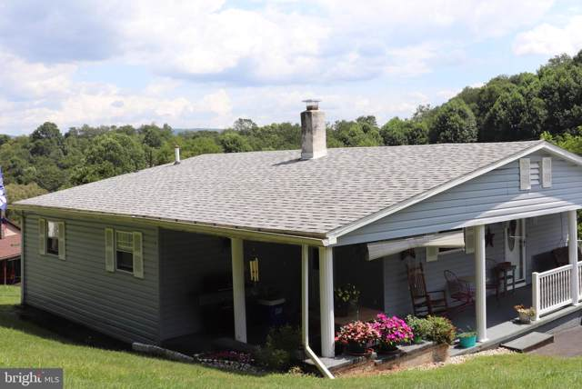 384 Hampton Rd, MILL RUN, PA 15464 (#PAFY100082) :: Bob Lucido Team of Keller Williams Integrity
