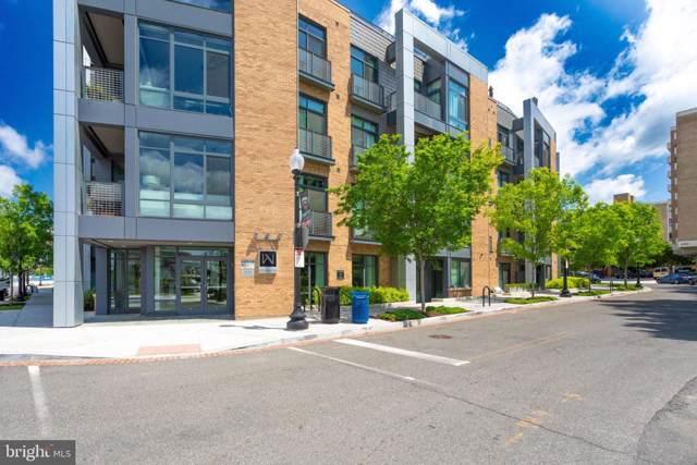 525 Water Street SW #111, WASHINGTON, DC 20024 (#DCDC438422) :: The Licata Group/Keller Williams Realty