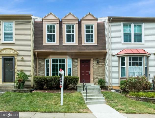 10259 Colony View Drive, FAIRFAX, VA 22032 (#VAFX1084024) :: The Vashist Group