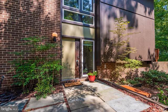 11013 Seven Hill Lane, POTOMAC, MD 20854 (#MDMC675028) :: The Speicher Group of Long & Foster Real Estate