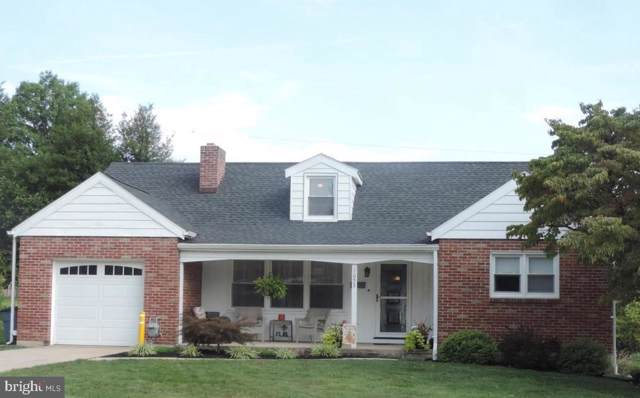 1653 5TH Avenue, YORK, PA 17403 (#PAYK123576) :: Liz Hamberger Real Estate Team of KW Keystone Realty