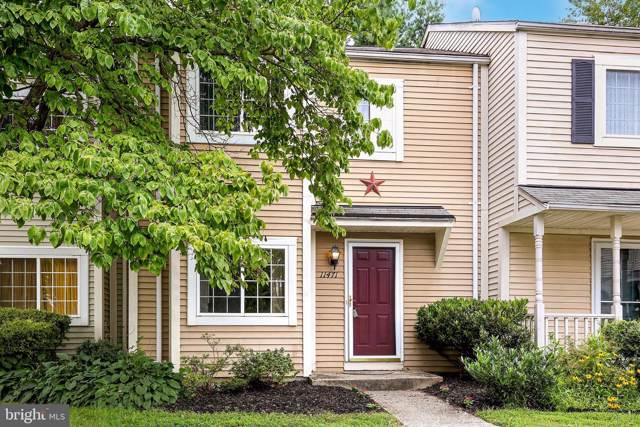 11471 Stoney Point Place, GERMANTOWN, MD 20876 (#MDMC675306) :: Dart Homes