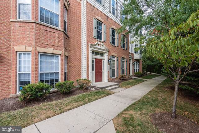 5715 Callcott Way D, ALEXANDRIA, VA 22312 (#VAFX1085316) :: Keller Williams Pat Hiban Real Estate Group