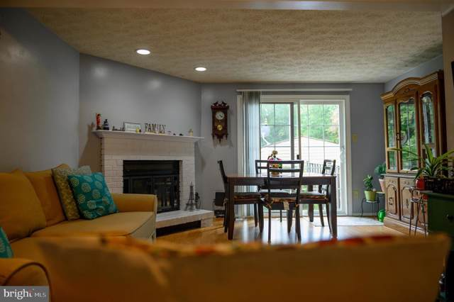 8472 Lazy Creek Court, SPRINGFIELD, VA 22153 (#VAFX1085690) :: Pearson Smith Realty