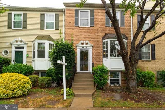 7929 Gunston Woods Place, LORTON, VA 22079 (#VAFX1085698) :: Pearson Smith Realty