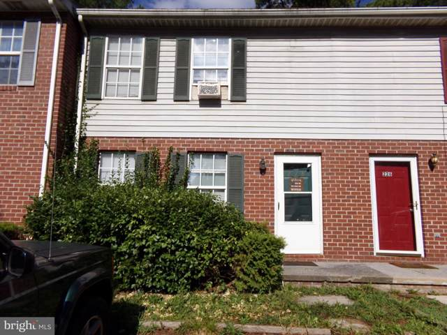 228 Carroll Drive #228, STEPHENS CITY, VA 22655 (#VAFV152710) :: Dart Homes