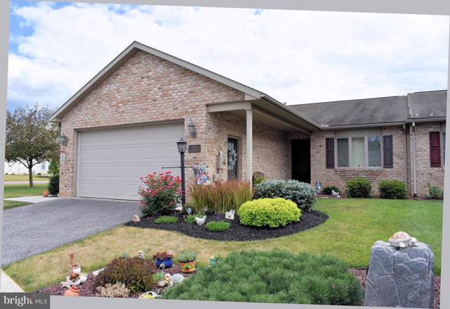 272 Woodvale Drive, CHAMBERSBURG, PA 17201 (#PAFL168018) :: The Joy Daniels Real Estate Group