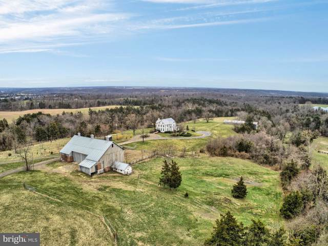 9268 Rabbit Road S, GREENCASTLE, PA 17225 (#PAFL168036) :: Liz Hamberger Real Estate Team of KW Keystone Realty