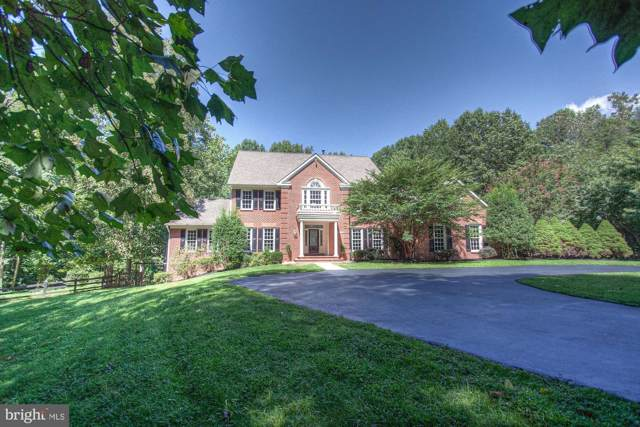 1428 Crowell Road, VIENNA, VA 22182 (#VAFX1086810) :: The Greg Wells Team