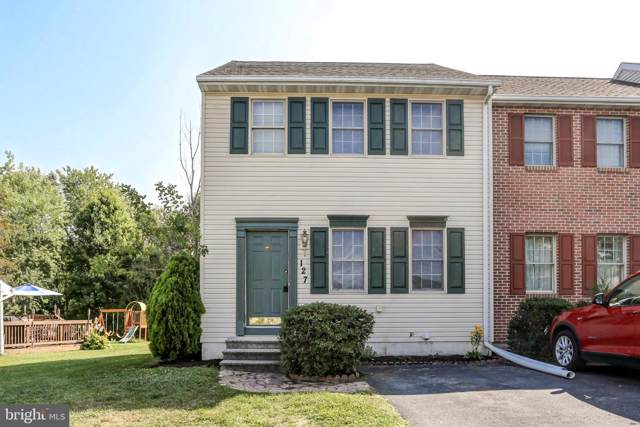 127 Sherfield Court, ELIZABETHTOWN, PA 17022 (#PALA139362) :: The Heather Neidlinger Team With Berkshire Hathaway HomeServices Homesale Realty