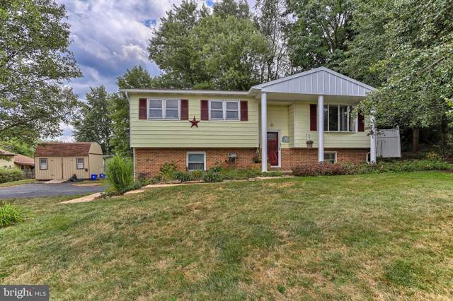 2448 Seneca Drive, YORK, PA 17408 (#PAYK124342) :: Liz Hamberger Real Estate Team of KW Keystone Realty