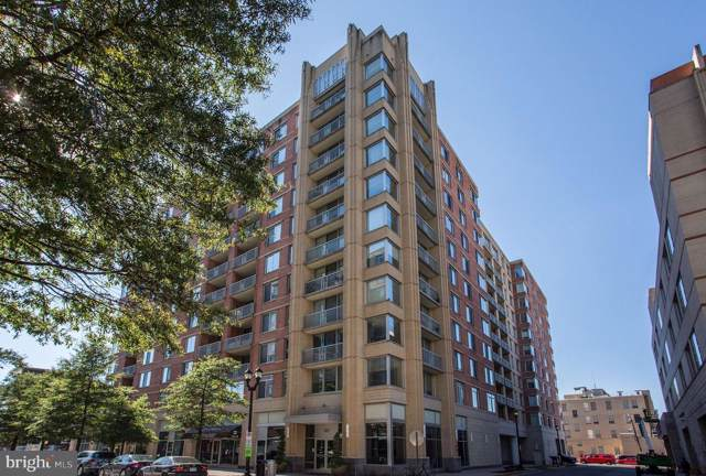 1020 N Highland Street #301, ARLINGTON, VA 22201 (#VAAR154278) :: Dart Homes