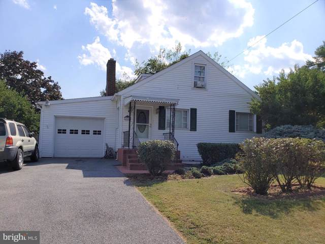 905 Thompson Street, MARTINSBURG, WV 25401 (#WVBE171006) :: The Maryland Group of Long & Foster Real Estate