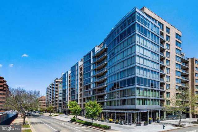 1111 23RD Street NW 2E, WASHINGTON, DC 20037 (#DCDC441380) :: The Licata Group/Keller Williams Realty