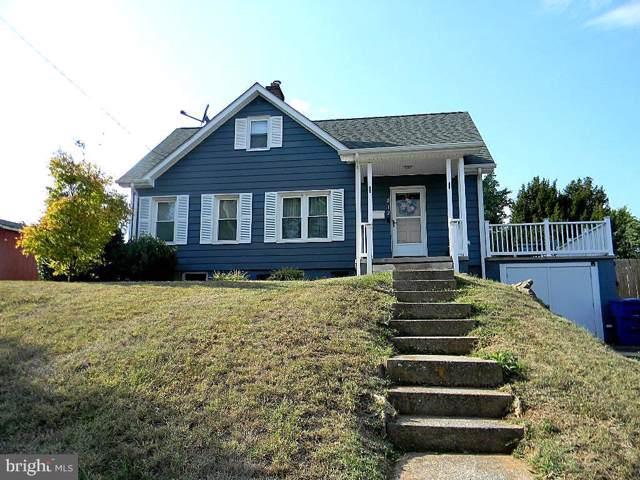 812 E Stonewall Drive, FRONT ROYAL, VA 22630 (#VAWR138048) :: Keller Williams Pat Hiban Real Estate Group