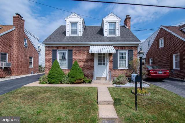 815 10TH Avenue, YORK, PA 17402 (#PAYK124760) :: The Joy Daniels Real Estate Group