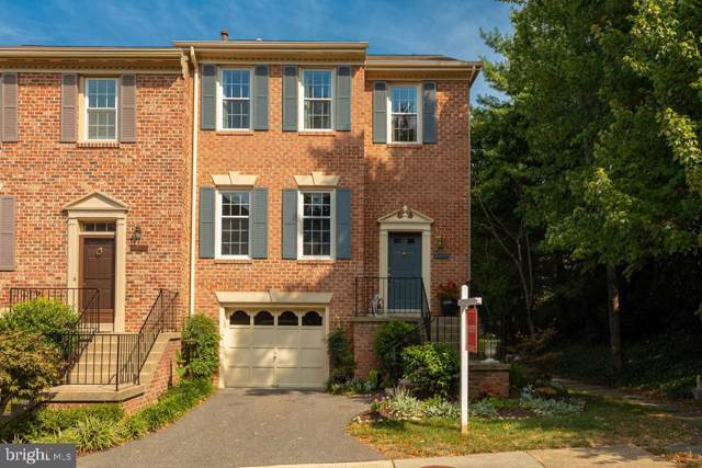 5935 Woodfield Estates Drive, ALEXANDRIA, VA 22310 (#VAFX1088812) :: The Licata Group/Keller Williams Realty