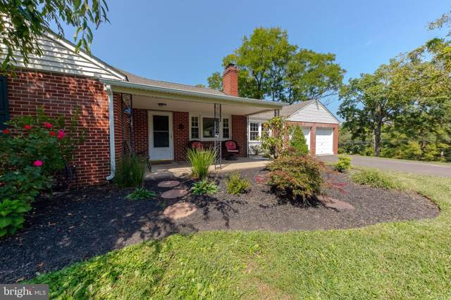 1600 Clearview Road, LANSDALE, PA 19446 (#PAMC624958) :: ExecuHome Realty