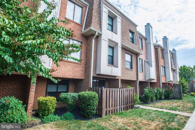 1697 Kenwood Avenue C, ALEXANDRIA, VA 22302 (#VAAX239814) :: Keller Williams Pat Hiban Real Estate Group