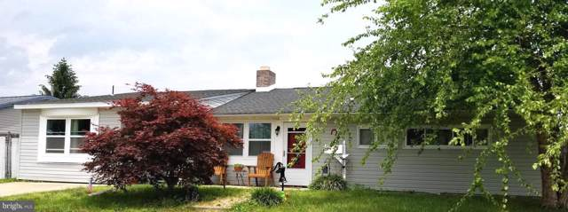 72 Friendly Lane, LEVITTOWN, PA 19055 (#PABU480338) :: Linda Dale Real Estate Experts