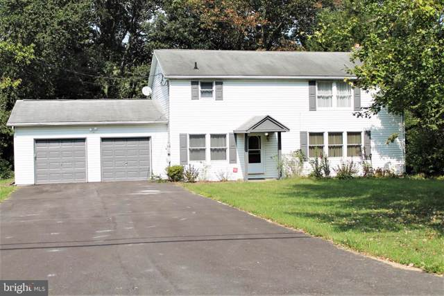 817 Meadow Lane, CAMP HILL, PA 17011 (#PACB117720) :: The Heather Neidlinger Team With Berkshire Hathaway HomeServices Homesale Realty