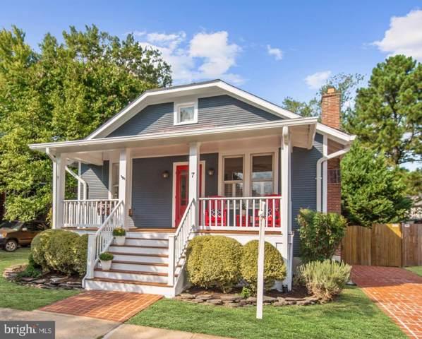 7 W Wyatt Avenue, ALEXANDRIA, VA 22301 (#VAAX239944) :: The Speicher Group of Long & Foster Real Estate