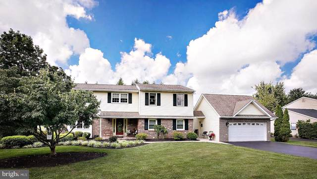 1660 Dover Lane, BLUE BELL, PA 19422 (#PAMC625642) :: The John Kriza Team
