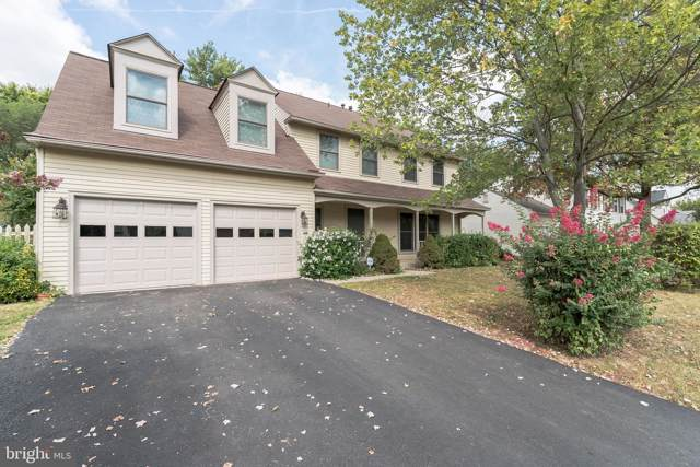 21749 Rolling Woods Place, STERLING, VA 20164 (#VALO395236) :: The Vashist Group