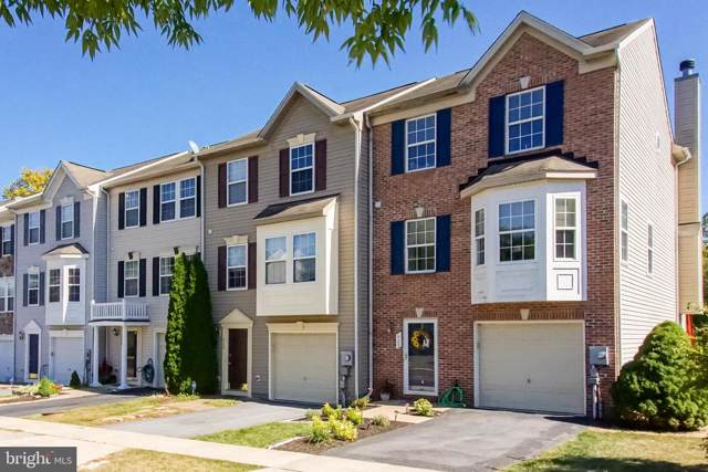 922 Monet Drive, HAGERSTOWN, MD 21740 (#MDWA168036) :: The Sky Group
