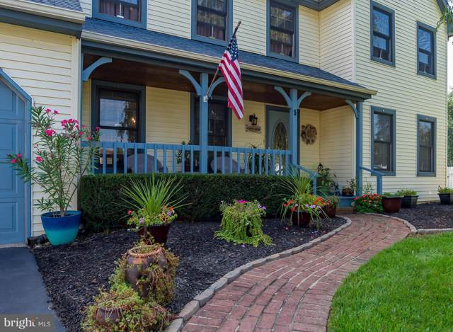 5 Eagle Circle, FAIRLESS HILLS, PA 19030 (#PABU480648) :: The Matt Lenza Real Estate Team