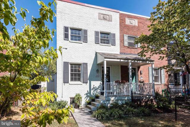 1131 Colonial Avenue, ALEXANDRIA, VA 22314 (#VAAX240094) :: The Speicher Group of Long & Foster Real Estate