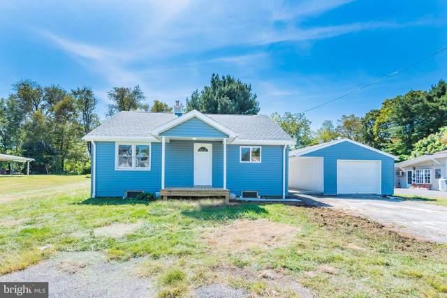 24 Pine Street, CARLISLE, PA 17013 (#PACB117790) :: Berkshire Hathaway Homesale Realty